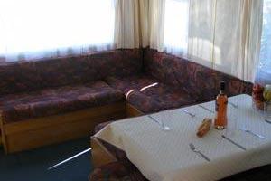 mobile-home-1001a.jpg