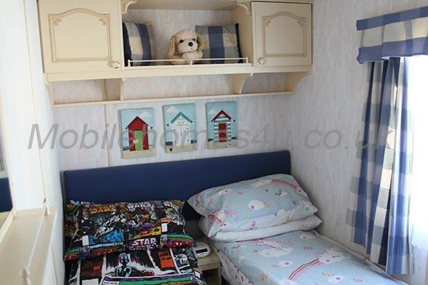 mobile-home-1002f.jpg