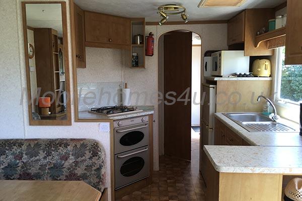 mobile-home-1013d.jpg