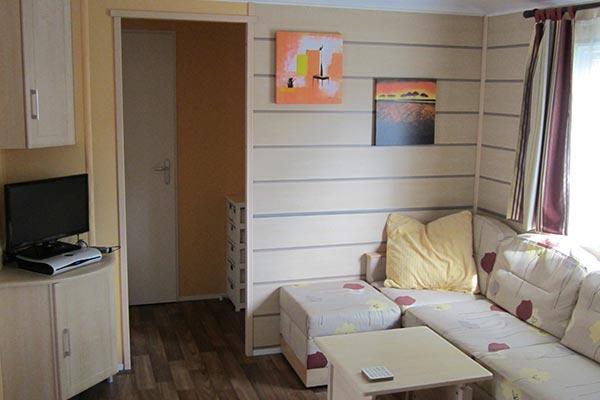 mobile-home-1026a.jpg