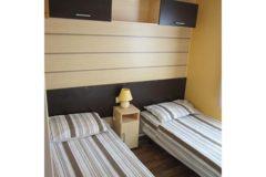 mobile-home-1026e.jpg