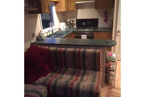 mobile-home-1047a.jpg