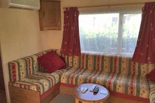 mobile-home-1047b.jpg
