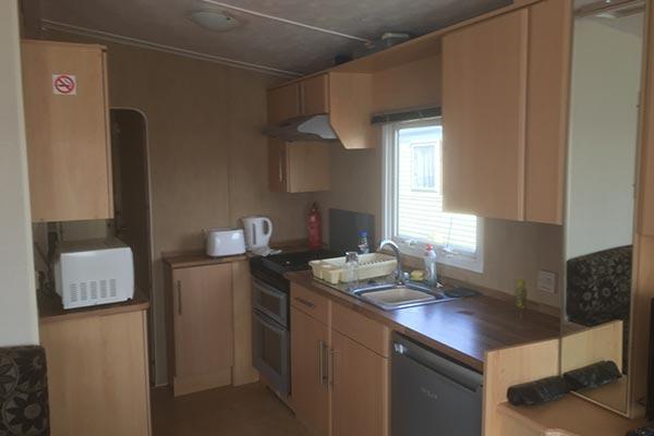mobile-home-1050b.jpg