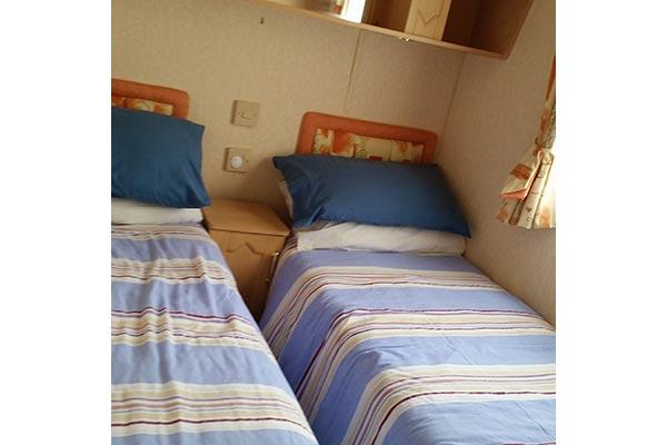 mobile-home-1058d.jpg