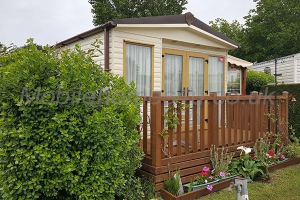 mobile-home-1062.jpg