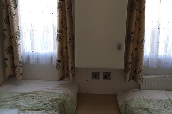 mobile-home-1066g.jpg