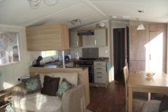 mobile-home-1067a.jpg