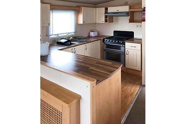 mobile-home-1084c.jpg
