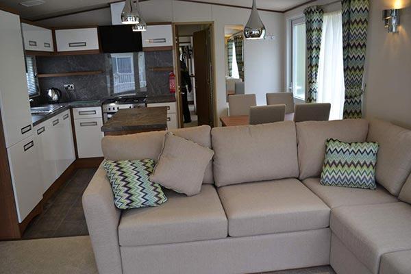 mobile-home-1086b.jpg