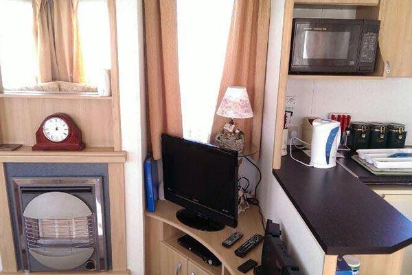 mobile-home-1098f.jpg