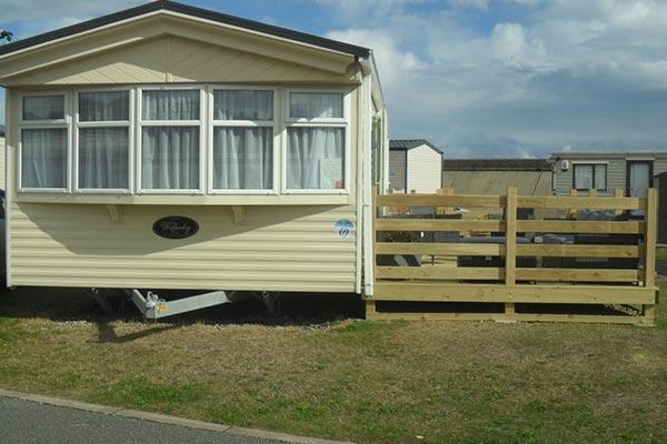mobile-home-1103h.jpg