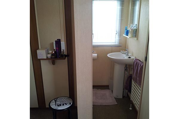 mobile-home-1117f.jpg