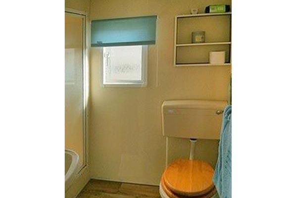 mobile-home-1140f.jpg