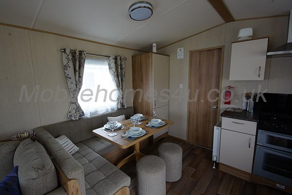 mobile-home-1170a.jpg