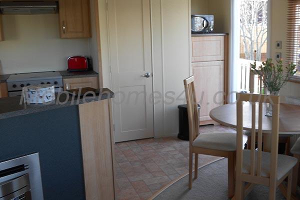 mobile-home-1181c.jpg