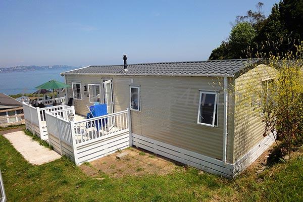 mobile-home-1204.jpg