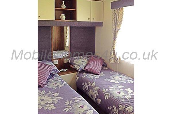 mobile-home-1213f.jpg