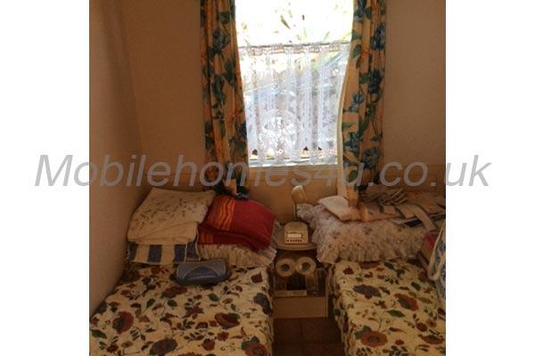 mobile-home-1229d.jpg