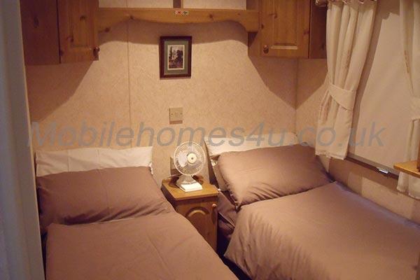 mobile-home-1242g.jpg