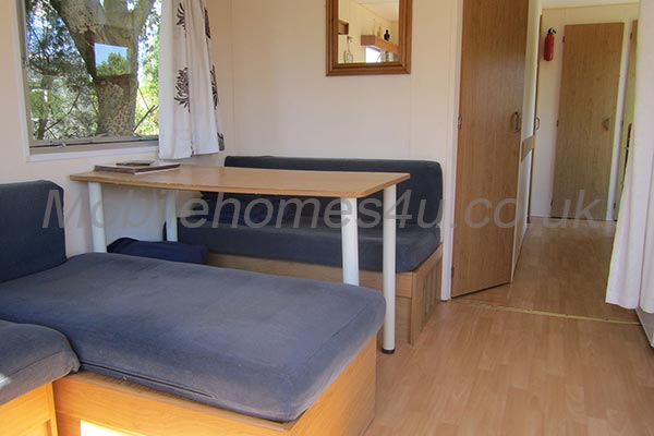 mobile-home-1251c.jpg