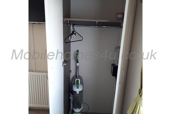mobile-home-1256f.jpg