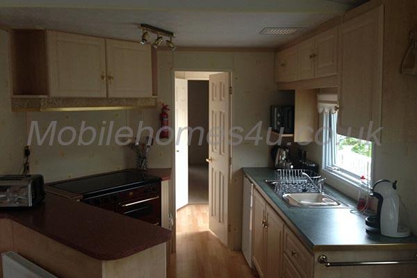 mobile-home-1268b.jpg