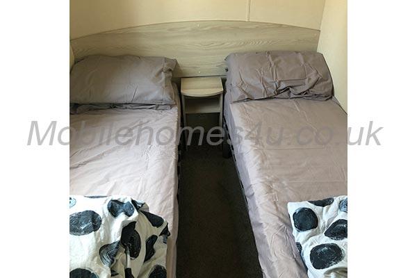 mobile-home-1289f.jpg