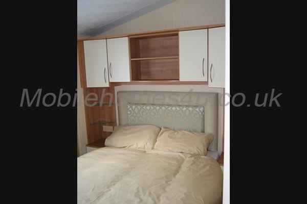 mobile-home-1300d.jpg