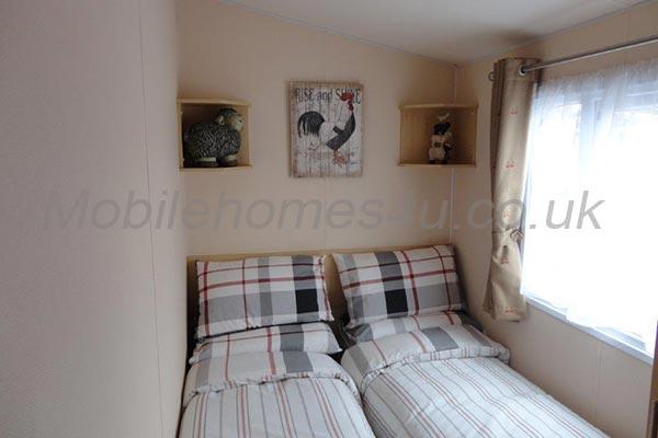 mobile-home-1302f.jpg