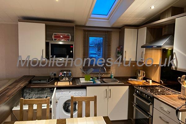 mobile-home-1303d.jpg