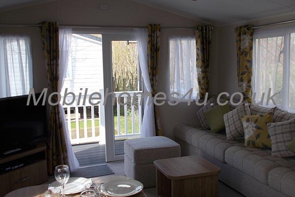 mobile-home-1332b.jpg