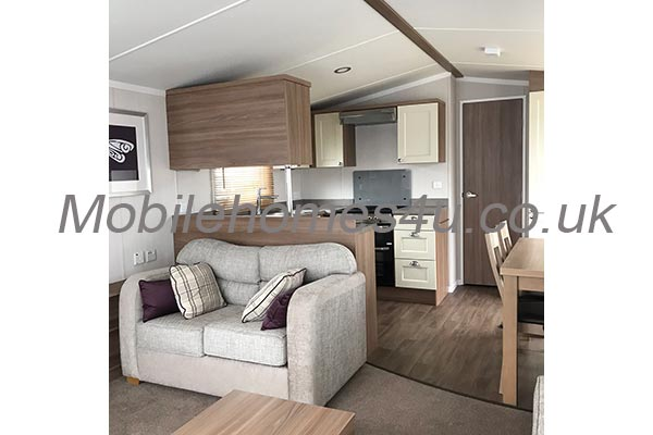 mobile-home-1352c.jpg