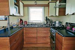 mobile-home-1353d.jpg
