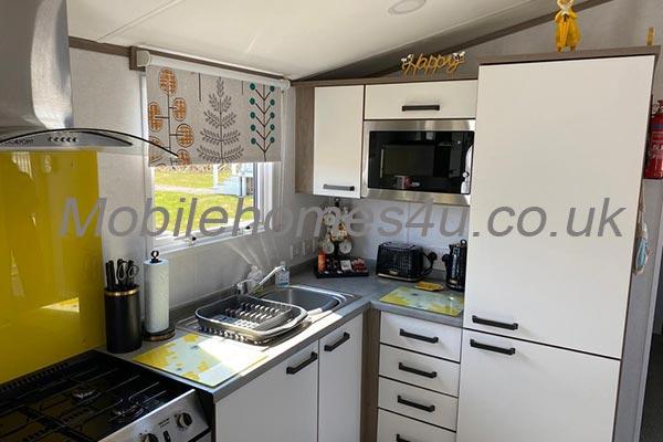 mobile-home-1359d.jpg