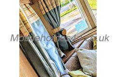 mobile-home-1373b.jpg
