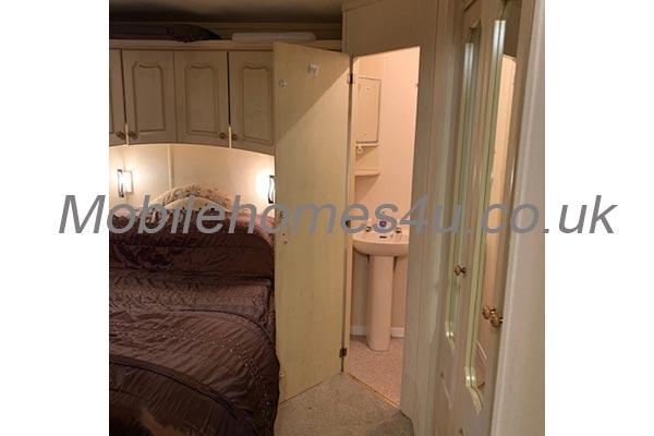 mobile-home-1376f.jpg