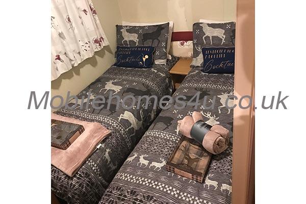 mobile-home-1380e.jpg