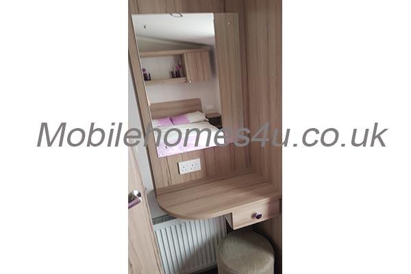 mobile-home-1383f.jpg