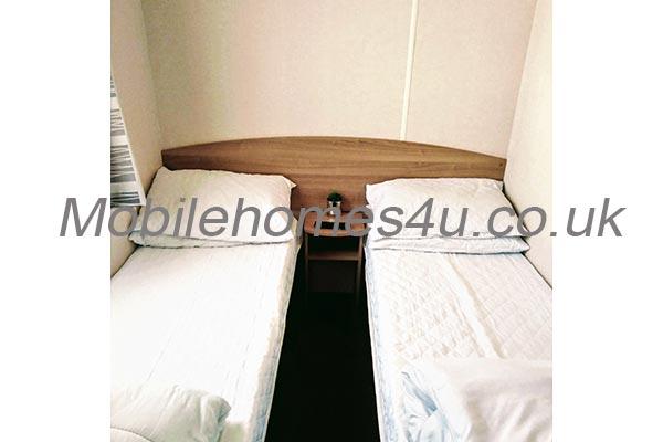 mobile-home-1395g.jpg