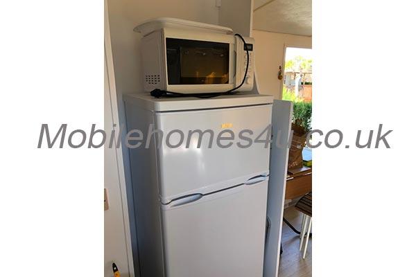 mobile-home-1409c.jpg