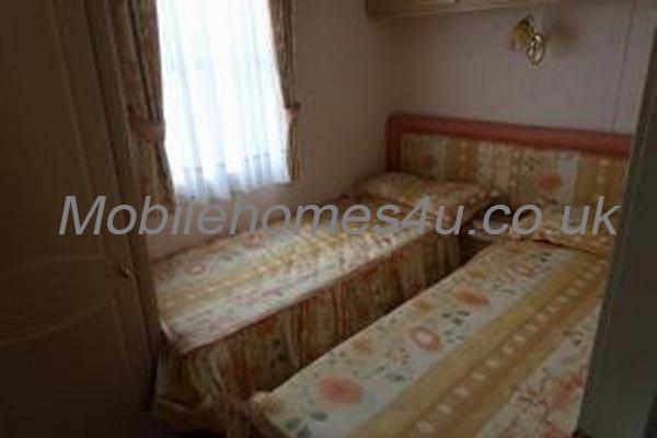 mobile-home-1413j.jpg