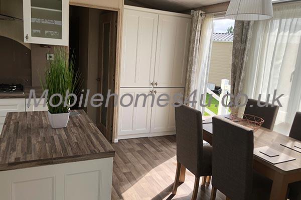 mobile-home-1455c.jpg