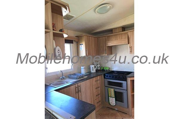 mobile-home-1459c.jpg