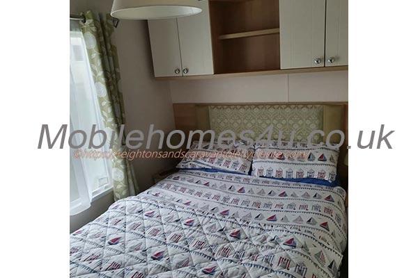 mobile-home-1463c.jpg