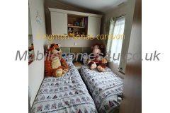 mobile-home-1463d.jpg