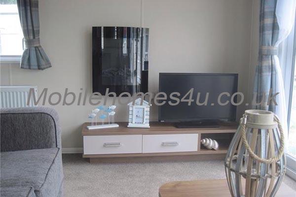 mobile-home-1465c.jpg