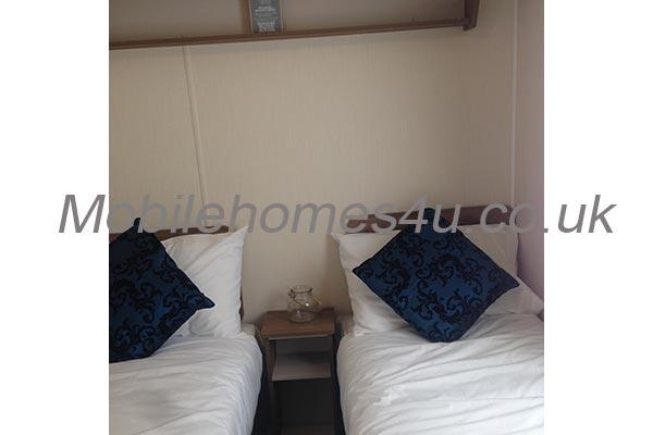 mobile-home-1465g.jpg
