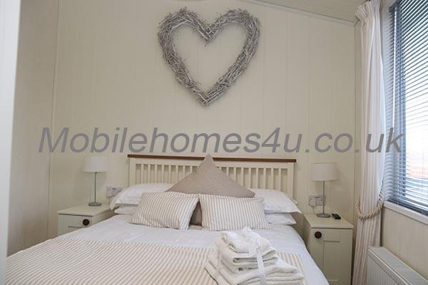 mobile-home-1482e.jpg