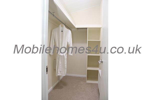 mobile-home-1482f.jpg